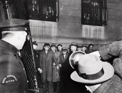 Weegee: Line up for night court