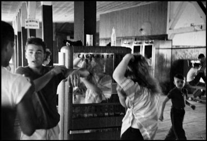 Robert Frank: David Kathy combing