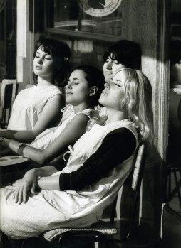 Robert Doisneau: Dziewczęta, 1966
