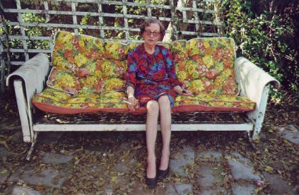 William Eggleston: Woman on swing
